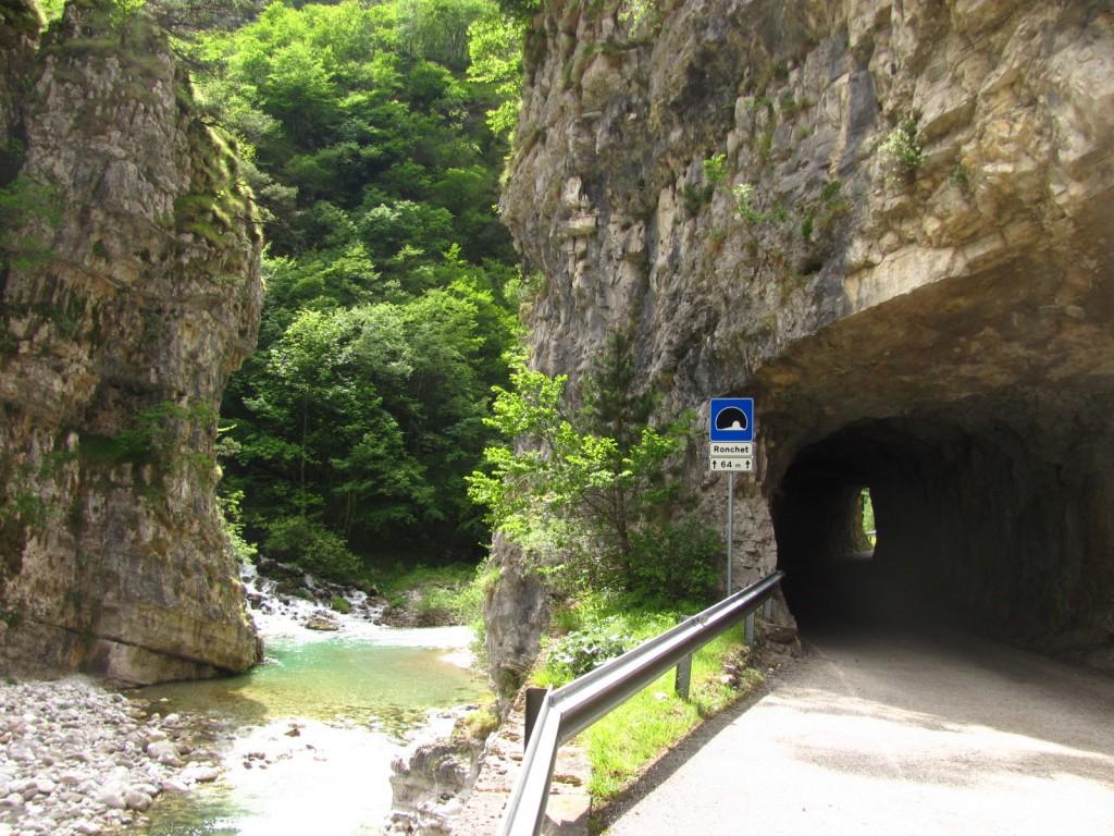 valle del mis, gallerie